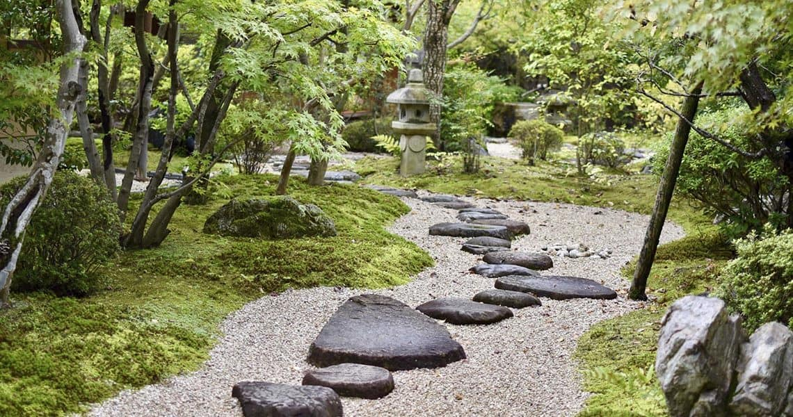 Pas japonais : les 5 meilleurs pas de jardin